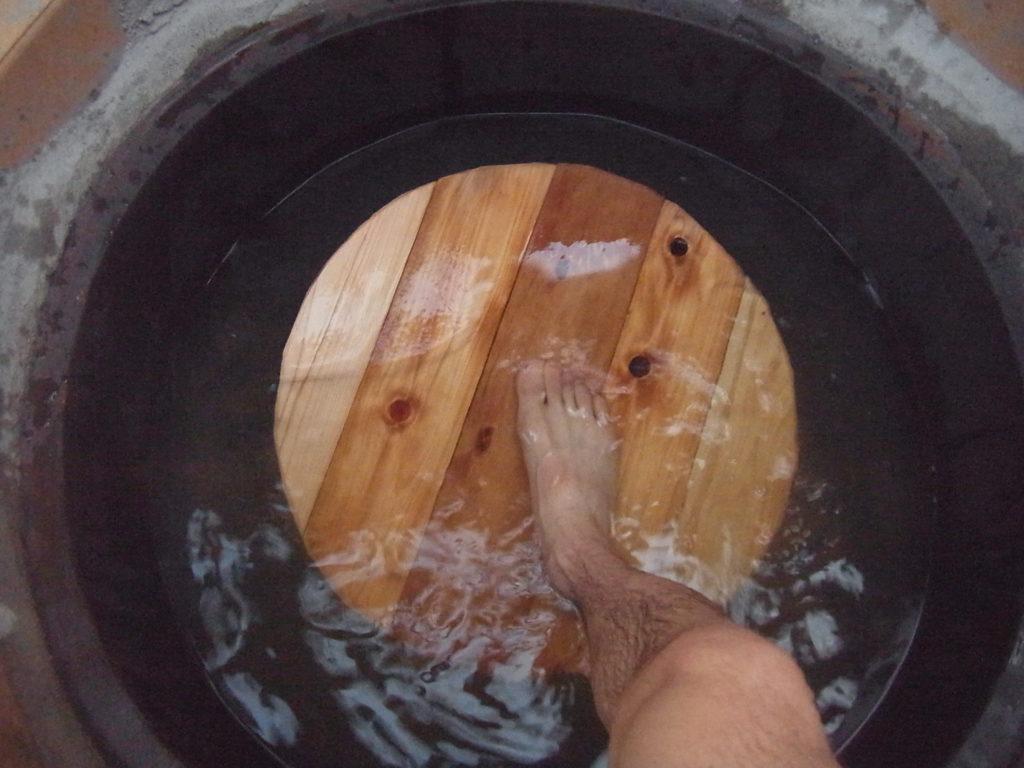 下水板を使う。