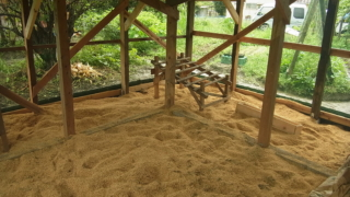 鶏小屋の増築完成。