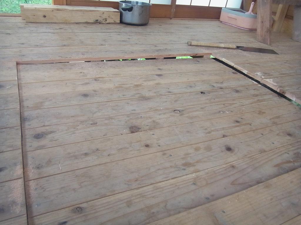 床が、長方形に切れる。