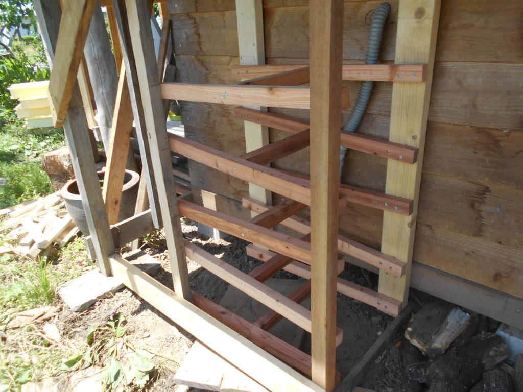 浄化装置の木枠を作る