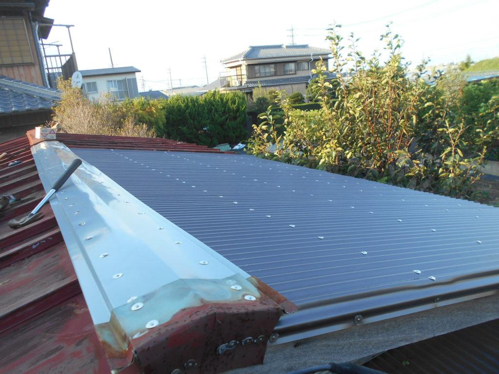 トタン屋根の修理完成。