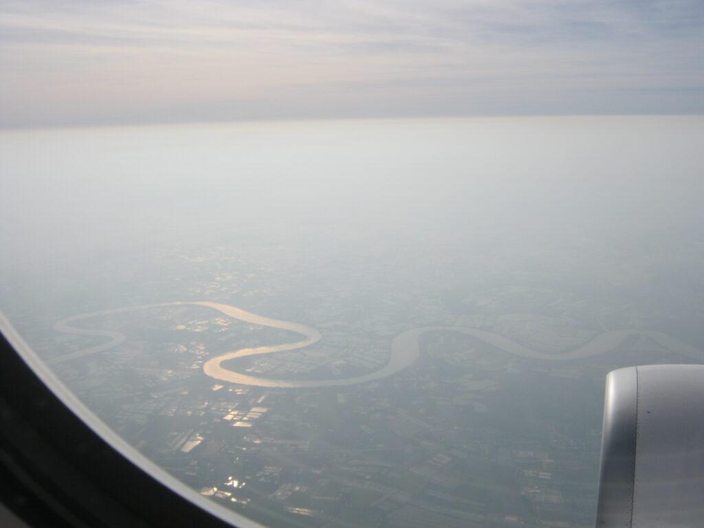 タイ上空、飛行機からの眺め。